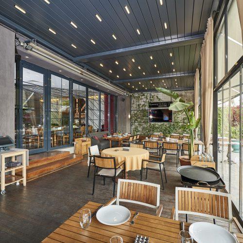 Pergola Bioclimatique à Lames Orientables Restaurant